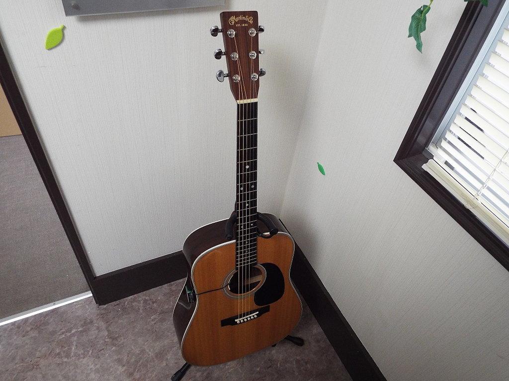 アコースティックギター MARTIN ( マーチン ) D-28 L.R.BAGGS ( エルアールバックス ) / Anthem 装着モデル 中古品