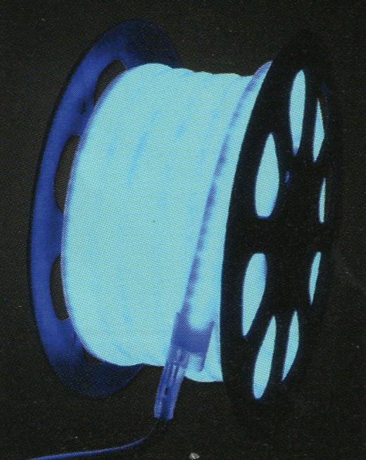 クリスマスイルミネーション LEDネオンライト20mブルー 1mあたり100球のLEDを使用してネオン管のように光ります 引っ越し祝い 当店おすすめ 割引 敬老の日 母の日 忘年会