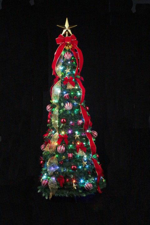 ★クリスマスイルミネーション★クリスマスフォールディングプレゼントツリー180cm かわいいオーナメントがたくさん付いてます!