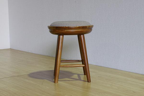 送料無料 スツール こしかけ チーク無垢材 丸 丸椅子 いす イス 腰掛け 玄関 キッチン リビング ダイニング 木製 おしゃれ 北欧 モダン ミッドセンチュリー