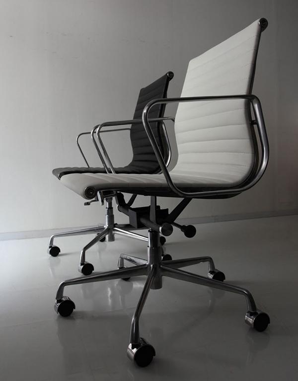 ワークチェア デスクチェアー キャスター オフィスチェア パソコンチェア デザイナーズ 最高級の座り心地。シックな大人のワークチェア アルミナム グループチェア ミドルバック おしゃれ 北欧 モダン ミッドセンチュリー レトロ