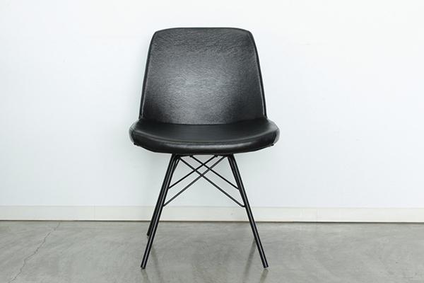 ダイニングチェア ブラック 合成皮革 チェア カフェチェアー ダイニングチェアー 食卓チェア 椅子 イス いす コンパクト ミッドセンチュリー シンプル モダン シック レトロ 北欧 おしゃれ デザイン 高級感