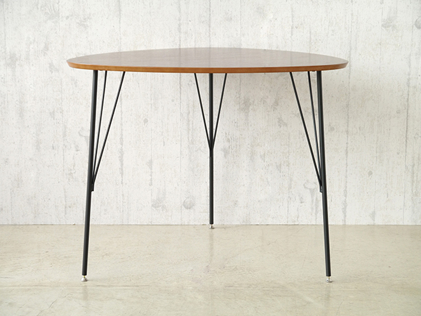 テーブル 単品 ダイニングテーブル 幅90cm 机 食卓テーブル 2から3人掛け 3人用 スチール DT-コリナ 作業台 ウォールナット カフェ 北欧 西海岸 ナチュラル ブルックリン 男前インテリア おしゃれ 高級感