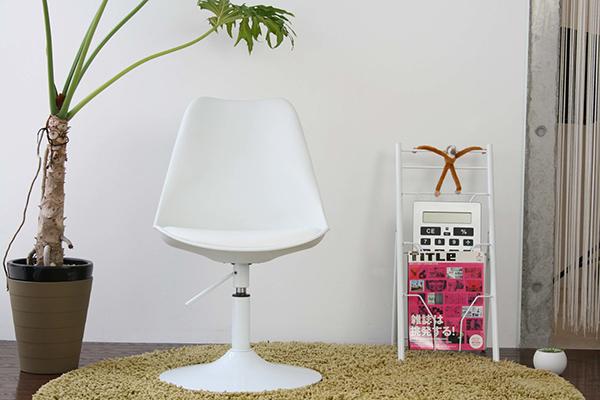 ラウンジチェア 可愛い おしゃれ リビング ダイニングチェア 1人掛け 1人用 ホワイト バニラ 食卓椅子 デスクチェア パソコンチェアー イス いす デザイン 北欧 モダン 西海岸