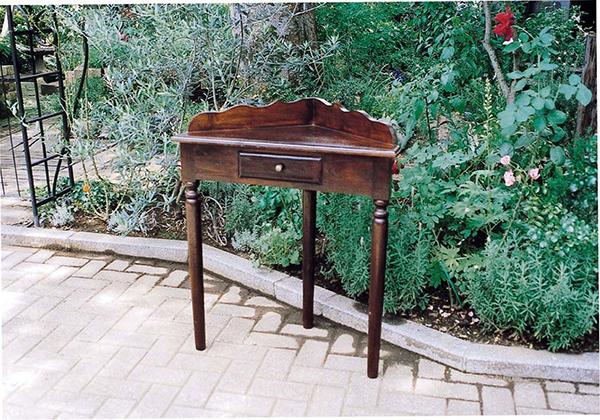 コーナーチェスト コンソールテーブル 飾り棚 アンティーク 木製 作業台 収納 テーブル クラシック 上品 花台 電話台 おしゃれ レトロ モダン 高級感
