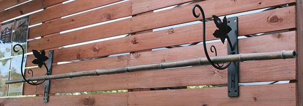 ランドリーハンガー W-1(2ヶ入) 竿掛け 物干し竿かけ 軒下用竿掛け アイアン アンティーク