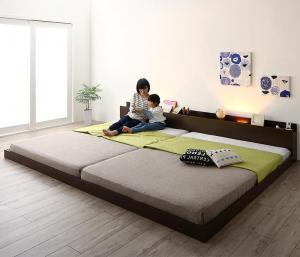 連結ベッド マットレス付き [プレミアムボンネルコイルマットレス付き ワイドK220 棚・コンセント・ライト付き大型モダンフロア連結ベッド Equale エクアーレ]