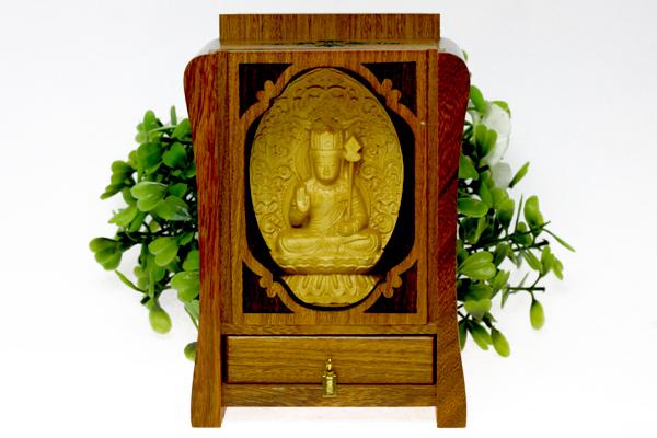 【彫刻置物】木製 八大観音「文殊菩薩」 (木箱入り) ※DM便・ネコポス不可※ 【パワーストーン 天然石 アクセサリー】