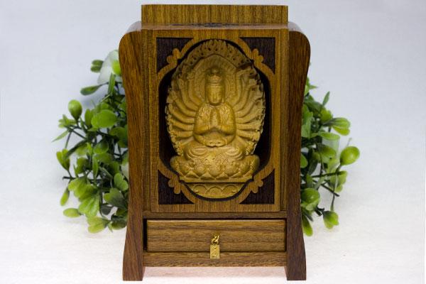 【彫刻置物】木製 八大観音「千手観音」 (木箱入り) ※DM便・ネコポス不可※ 【パワーストーン 天然石 アクセサリー】