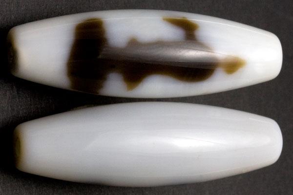 【天珠ビーズ】高級風化天珠3.8cm 観音 (白地に茶模様タイプ)(片面) ※5の付く日セール※ 【パワーストーン 天然石 アクセサリー】