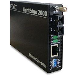 FXC 10BASE-T/100BASE-TX to 100BASE-FX メディアコンバー(LE2842-15) 取り寄せ商品