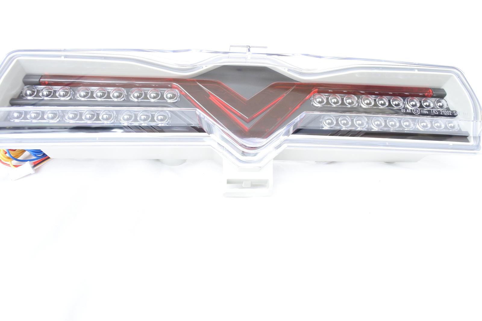 TOYOTA 86(ZN6) & SUBARU BRZ(ZC6)  バックフォグ&バックランプ フルLED    ブラック/レッドメーカー名 SoulMates商品番号 GTA-011