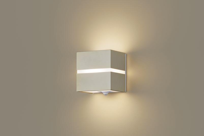 【最安値挑戦中!最大25倍】パナソニック LGWC80354LE1 ポーチライト 壁直付型 LED(電球色) 40形電球1灯相当 拡散タイプ 防雨型 プラチナメタリック