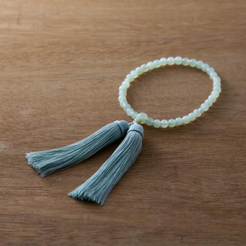 お念珠 浮葉  数珠 女性用 お数珠 お念珠 天然石 juzu 略式数珠 片手数珠 上品 かわいい おしゃれ 緑 グリーン【母の日】