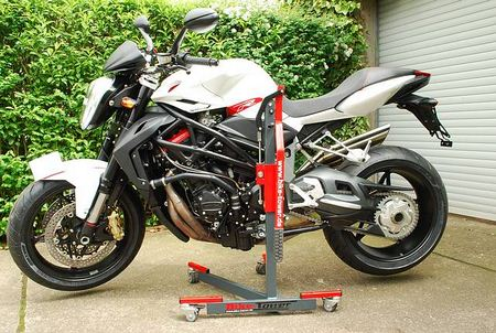 Bike-Tower: MV-Agusta Brutale 1078RR ('08-'10) / 920 ('11-) / 1090 ('11-)