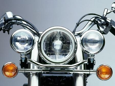 Fehling: ライトバー 後付ヘッドライト用 for Yamaha XVS 1100 Drag Star Classic