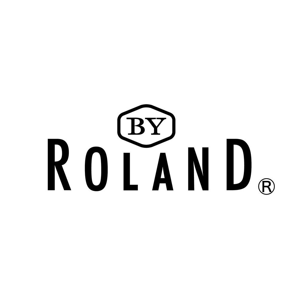 BY ROLAND 楽天市場店:自社で製造した化粧品の販売を行っています。