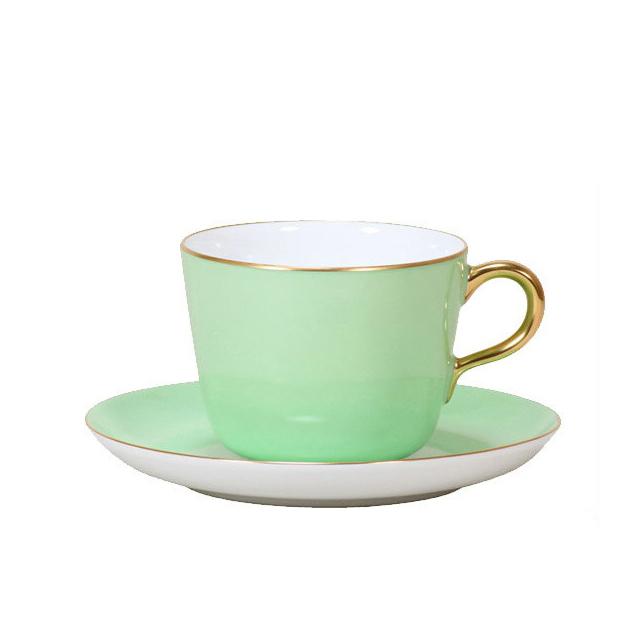 【送料無料】【ギフト】大倉陶園 漆蒔 ライトグリーン モーニングカップ&ソーサー (26C-1051) [大倉陶園OKURA洋食器白磁][日本製]