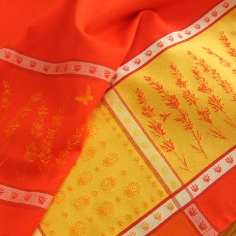 【フランス直輸入】撥水加工ジャガード織テーブルクロス(160×250cm) GRIGNAN グリニャン (オレンジ)