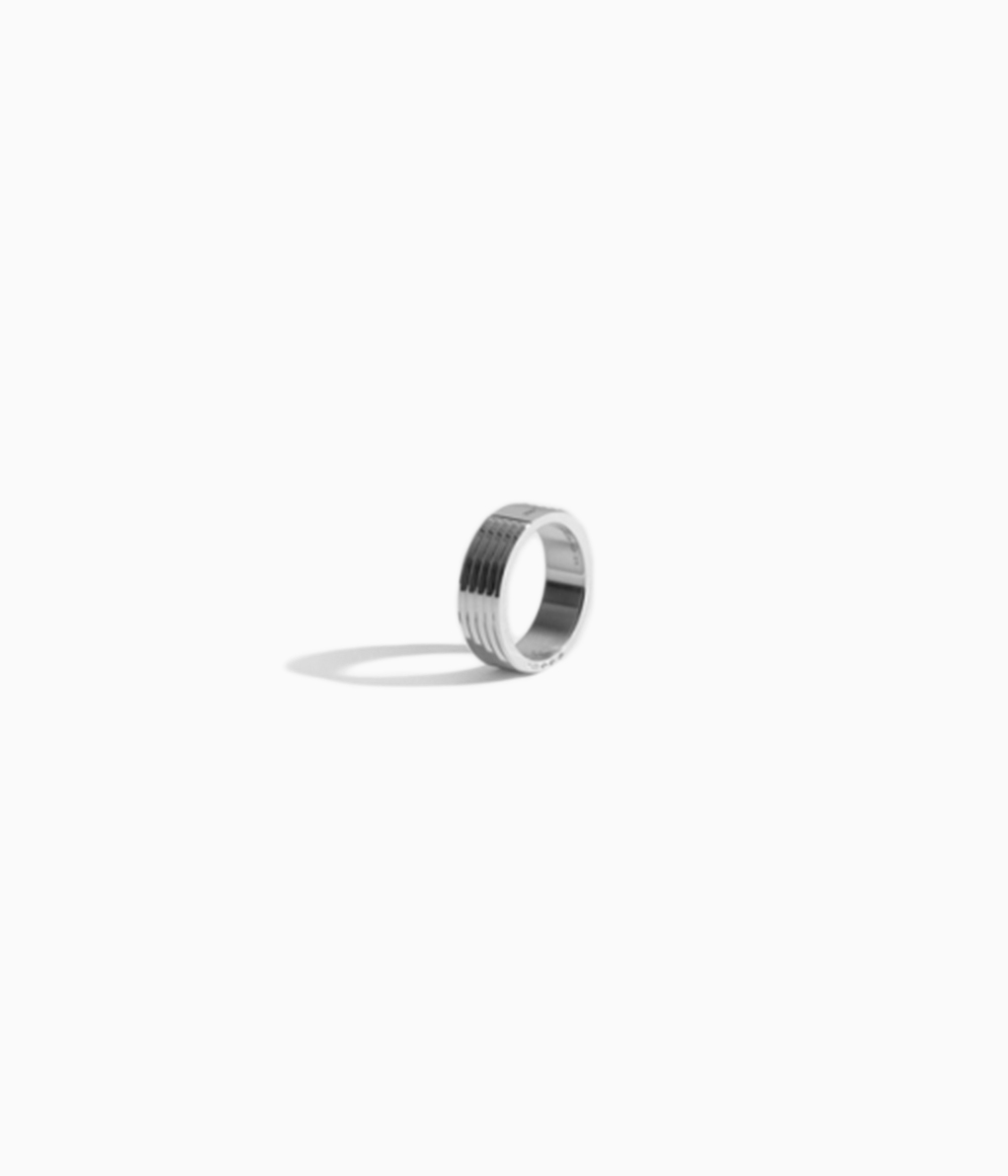 (OUTLET/返品・交換不可)LE GRAMME ルグラム11G Guilloche Polished Ringリング(ライン入り)11G