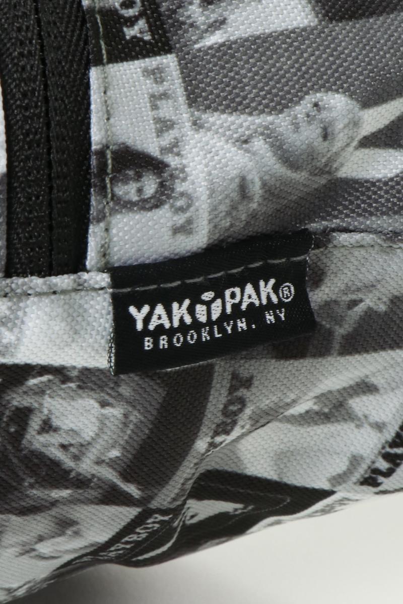 送料無料 YAKPAK×PLAYBOY ボディバッグ ロゴ コラボ 手軽 コンパクトサイズ 柄もの お出かけqpSzMGVU