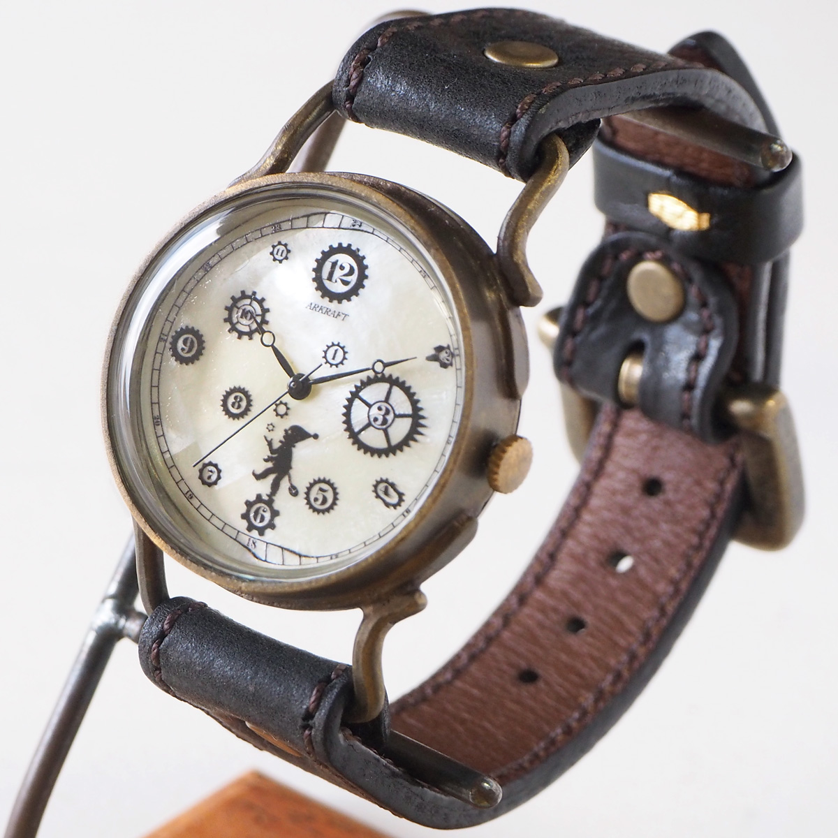 "ARKRAFT(アークラフト)手作り腕時計""Pivo Large"" プレミアムストラップ [AR-C-014-WH] 時計作家 新木秀和 ハンドメイドウォッチ ハンドメイド腕時計 手作り時計 本革ベルト シェル文字盤 歯車 真鍮 クオーツ アナログ 日本製 国産"