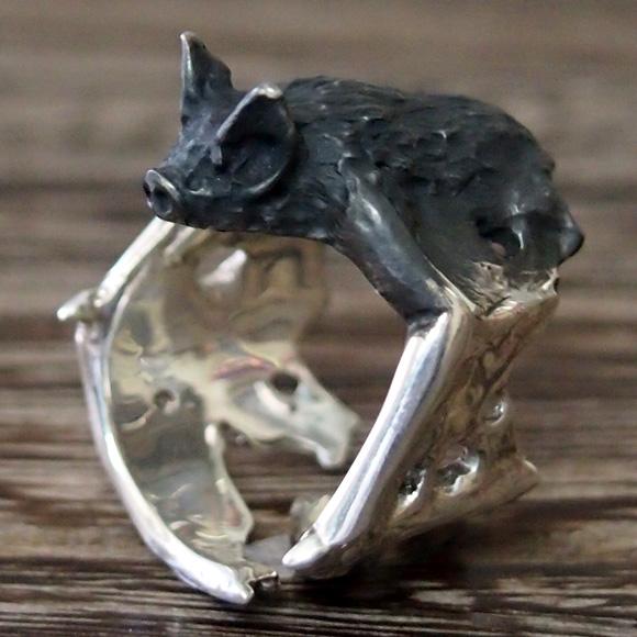 DECOvienya(デコヴィーニャ) 手作りアクセサリー こうもりリング シルバー [DE-063S] ハンドメイドアクセサリー ジュエリー 動物 アニマル フィギュア 指輪 個性的 クール リアル レディース メンズ ハロウィン 日本製 国産