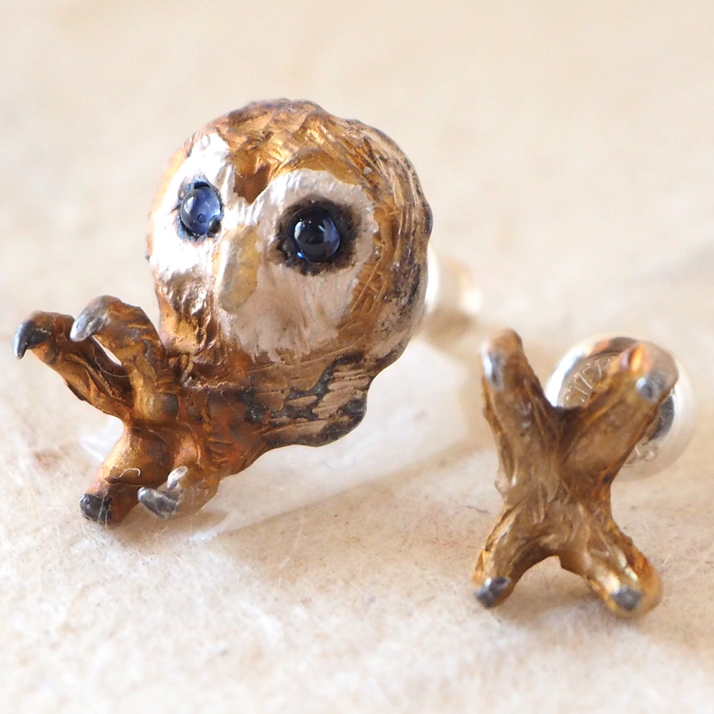 DECOvienya(デコヴィーニャ) 手作りアクセサリー フクロウのピアス シルバー 2個セット [DE-133] ハンドメイドアクセサリー ジュエリー 動物 アニマル かわいい フィギュア 個性的 チタンポストあり 鳥モチーフ 梟 リアル レディース メンズ 日本製 国産