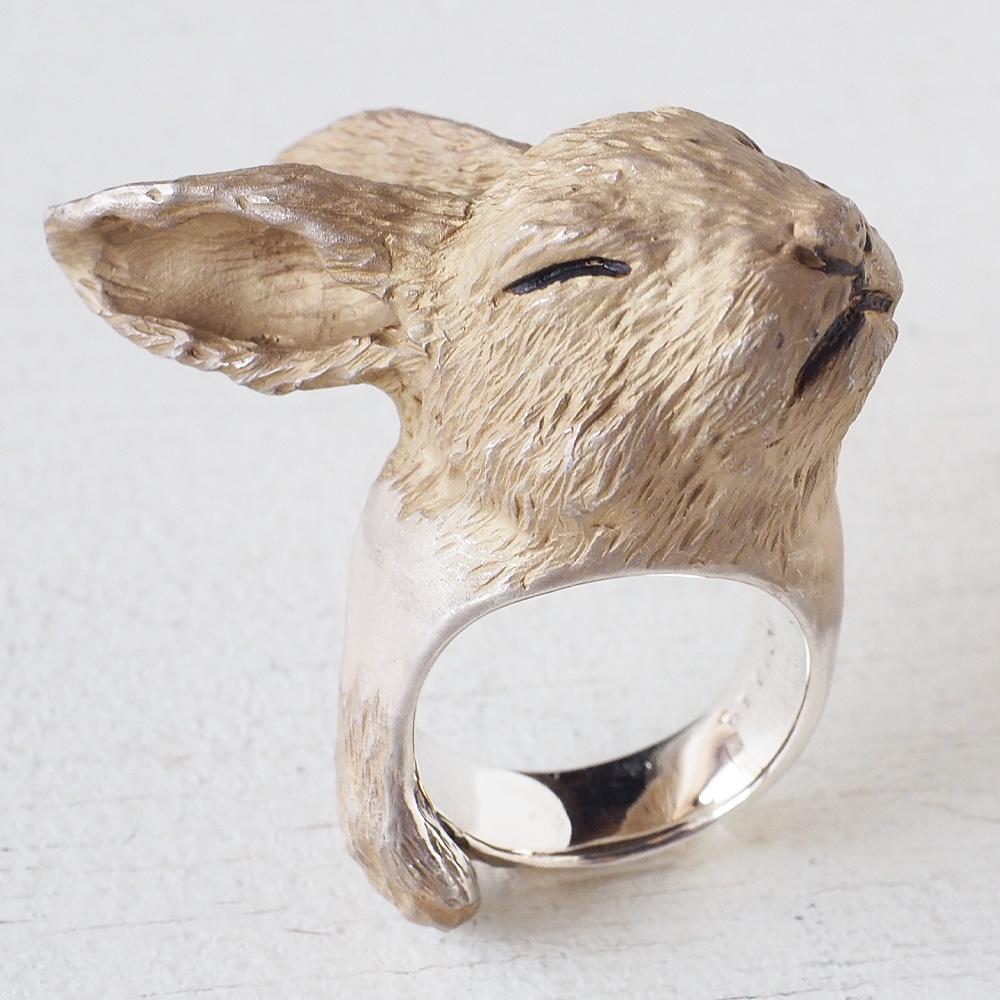 DECOvienya(デコヴィーニャ) 手作りアクセサリー おててウサギリング シルバー [DE-144] ハンドメイドアクセサリー ジュエリー 動物 アニマル フィギュア 個性的 可愛い シルバー925 ナチュラル うさぎ 兎 ラビット リアル 日本製 国産 大きめ