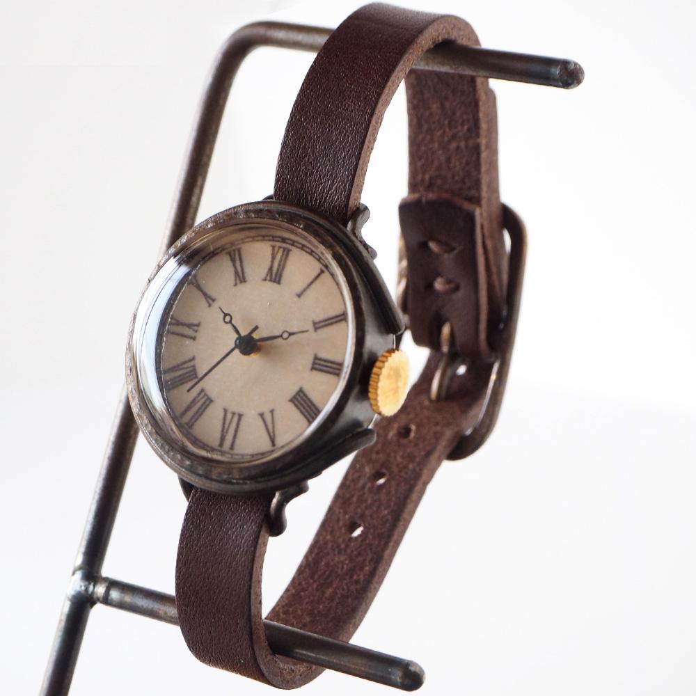 """JOIE INFINIE DESIGN(ジョイ アンフィニィ デザイン)手作り腕時計""""NEUTRAL-boy's -ニュートラル・ボーイズ-""""イタリアンレザーベルト [D-10500] ハンドメイドウォッチ ハンドメイド腕時計 アンティーク 本革 アナログ ブラック 日本製 国産"""