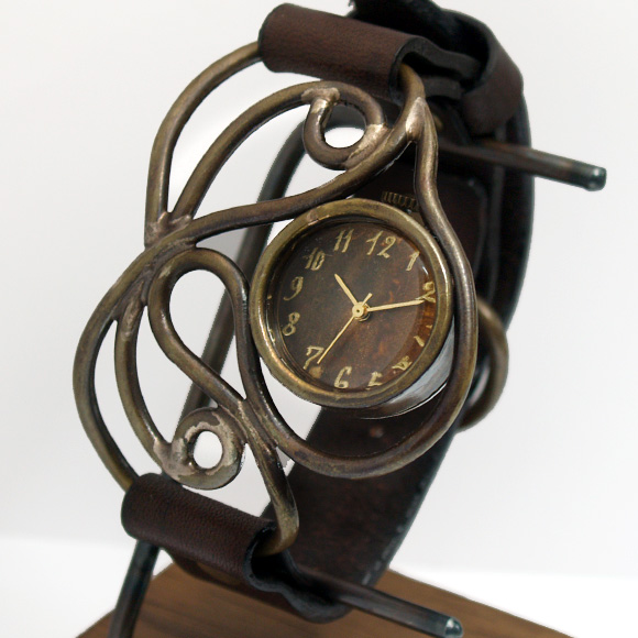 Mari Goto(マリゴトー) 手作り腕時計 Link2 -リンク2- [MG-003B] 時計作家・後藤麻理さんのハンドメイドウォッチ・ハンドメイド腕時計 レディース カラーが選べる革ベルト 真鍮 アンティーク調 クオーツ かわいい 日本製 国産