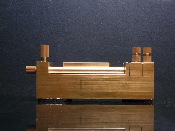 模型用 NEWパイプカッター(斜め45°が正確に切断できます)