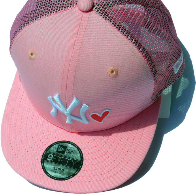 0ec25864680 CRIMINAL  Hat NEW ERA Youth 9FIFTY trucker with heart pink X white ...