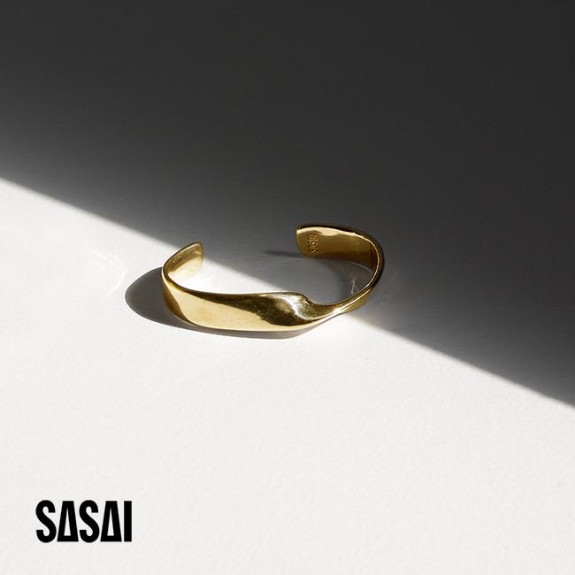 SASAI ササイ Turn Cuff ツイスト ゴールド バングル ブレスレット ゴールド ・18SS013 #0614【送料無料】