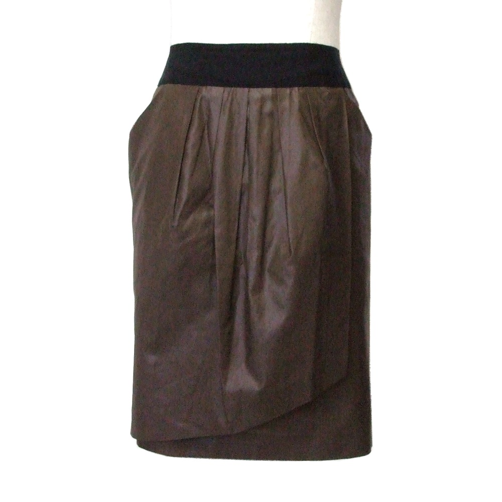 \3980以上購入で 送料無料 INED セール特別価格 イネド 定番スカート 40%OFFの激安セール ブラウン Japan Made in 中古 113507 日本製