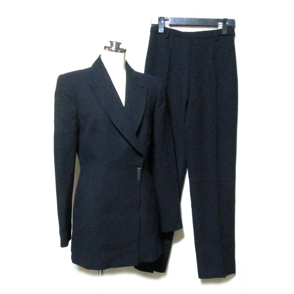 美品 GIANFRANCO FERRE ジャンフランコ フェレ 「38」 イタリア製 ドレスセットアップスーツ (黒 パンツ ジャケット) 119077 【中古】
