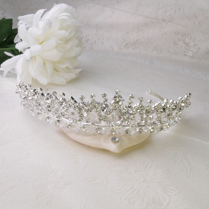 【送料無料】ティアラ tiara キラキラティアラ ゴージャス 王妃風 ビジュー クリスタル ウエディングアクセサリー 結婚式アクセサリー ウエディングヘア ヘッドドレス