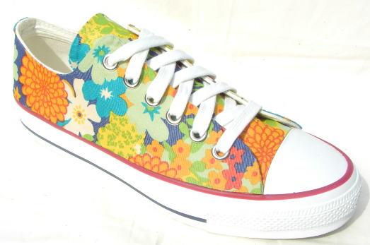 【flower garden】●ビルケンシュトックのように夏に履いてほしいスニーカーです!