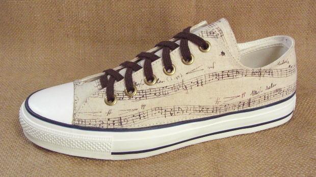 【music paper】●こだわり派の方やコンバースのオールスター派のオシャレさん必見のスニーカーです!