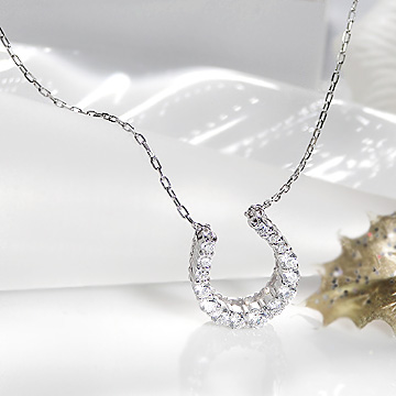 K18WG 0.5ct ダイヤモンド ネックレス【馬蹄】 【送料無料】【ダイヤ】