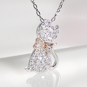 K18WG 0.2ct ダイヤモンド キャット モチーフ ペンダント【ねこ】 【送料無料】【ダイヤ】ダイヤモンドペンダント ダイヤペンダント ダイヤネックレス
