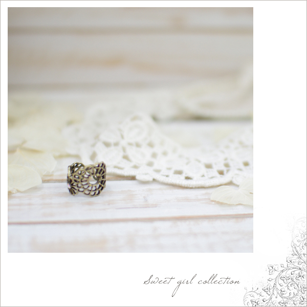 Sending ■ ■ PTI stone with flower motif ring (b-8) * return cannot be exchanged