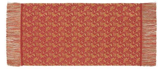 ペルシャ狩猟文錦 32×62cm レッド美術工芸織物■ 高度な西陣織の技術で古今東西の優れた文様を仕上げた絹のテーブルセンター※桐箱入