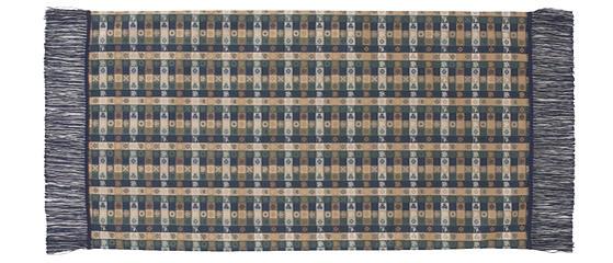 石畳緞子 42×83cm ブルー美術工芸織物■ 高度な西陣織の技術で古今東西の優れた文様を仕上げた絹のテーブルセンター※桐箱入