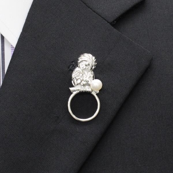 Cuffsmania: OWL and Akoya pearl Pearl 6.0 lapel pin type