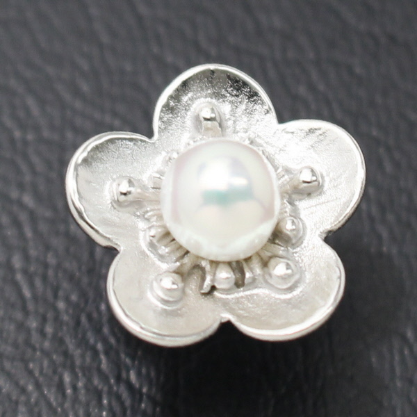 ラペルピン 梅の花 のアコヤ真珠パール6.0mmブローチ タイタック スーツアクセサリー専門店 誕生日 プレゼント プチギフト おしゃれ カフスマニア