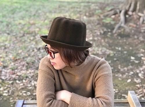 ウールフェルト 受注生産 女子 女性 【 KENT HAT ケントハット 】 帽子職人 奇抜 20代 お洒落 作家 かわいい 日本製 デザイナー お祝い パン 雑貨 帽子 おもしろ 誕生日 面白い 『 カヌレ ハット 』 プレゼント 記念日 モデル 30代 ボーラーハット ユニーク ハンドメイド
