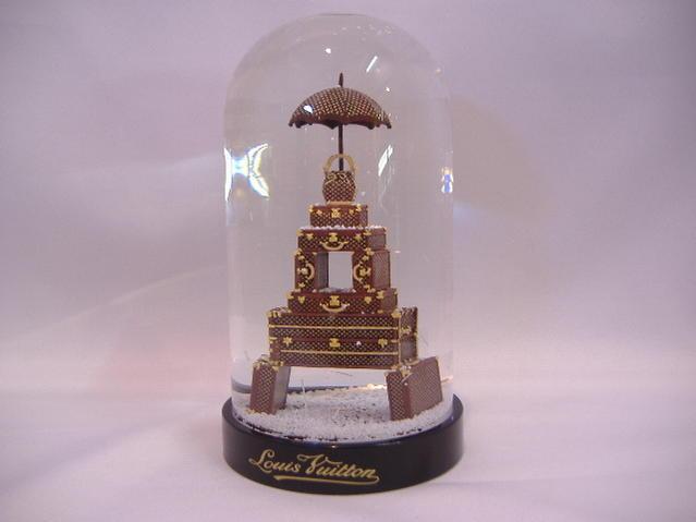 1 有限的路易 · 威登 Louis Vuitton 树干塔雪球香榭丽舍大街