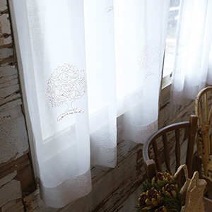シェードカーテン ローマンシェード 小窓 オーダー ウッドレース