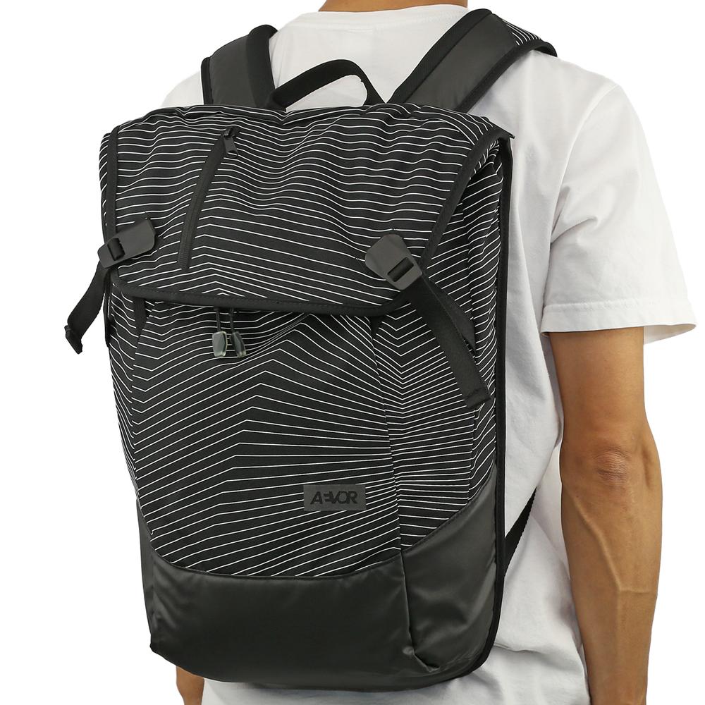 AEVOR エイヴァー Daypack (Fineline Black) エイバー デイパック バックパック ビジネス リュック